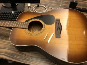【日常】いただいたギターの調整